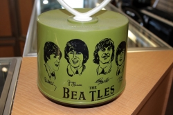 The Beatles Apple Disk-Go-Case 45 RPM Record holder